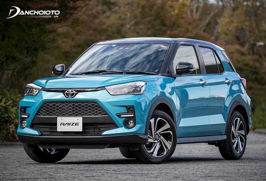 Được định vị ở phân khúc SUV/CUV hạng A nên kích thước Toyota Raize khá nhỏ gọn