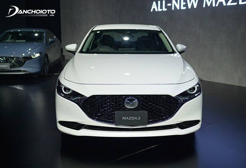 """Mazda 3 ngày càng nâng cấp mình hướng đến trở thành một chiếc xe """"sang chảnh"""" đúng nghĩa"""